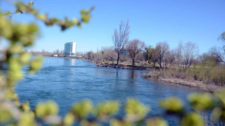 Piden una urgente remediación de los ríos Limay y Neuquén
