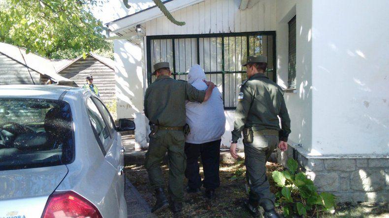 El hombre tenía un pedido de captura por una causa de abuso.