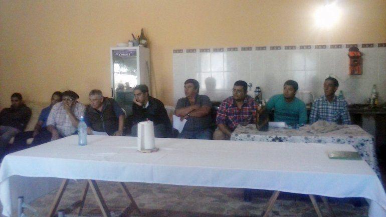 Más de 45 ambulancieros se reunieron esta mañana en Zapala.