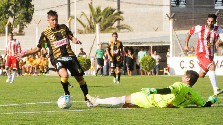 Villalba no puede en el mano a mano con Robinson Torres