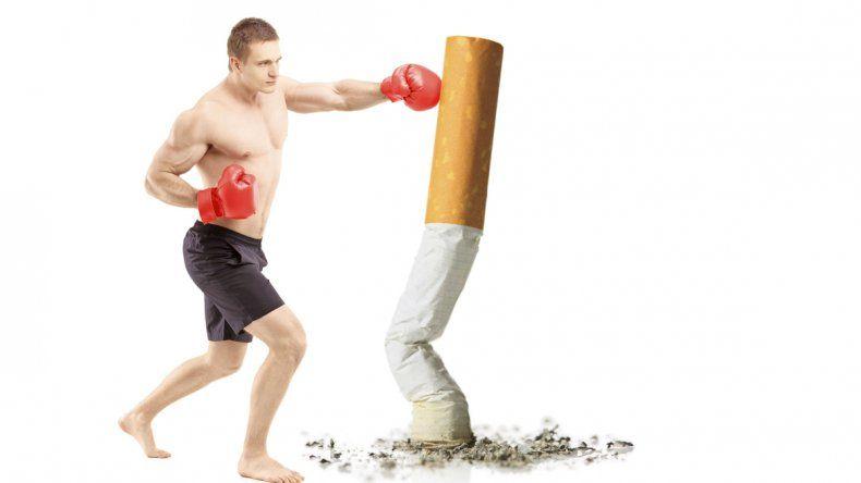 El éxito de aquellos que dejaron el cigarrillo de manera abrupta en el estudio realizado fue del 49%.