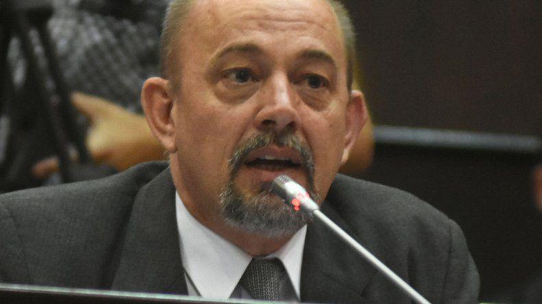 Pilatti dijo que la Provincia destinó casi $3 mil millones a sueldos estatales.