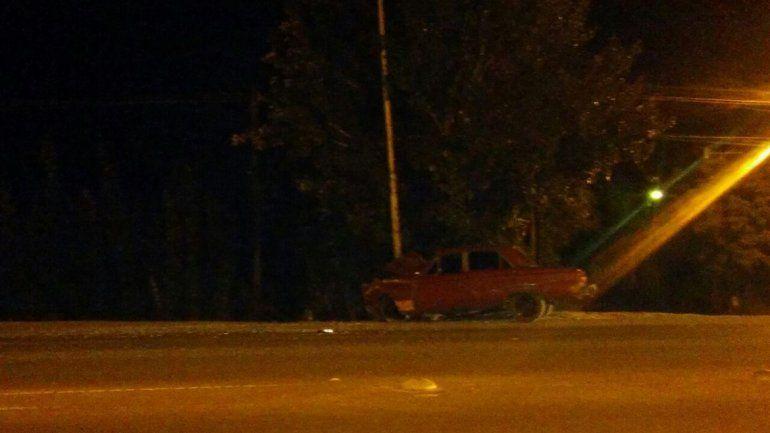 Dos jóvenes heridos en un choque en la Ruta 22