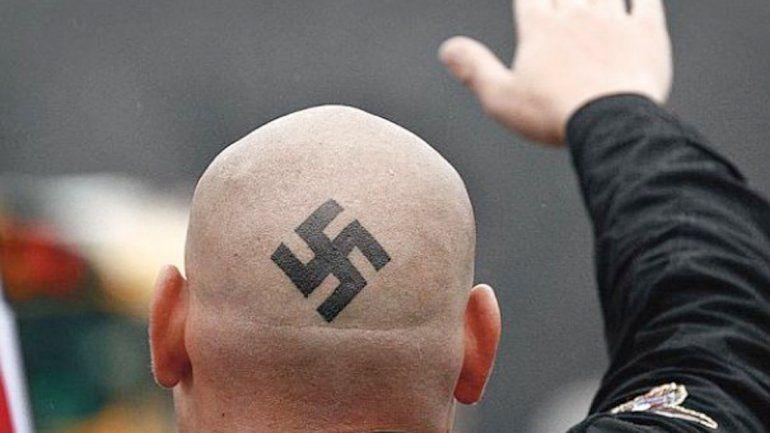 A consecuencia del accionar delictivo de los grupos neonazis