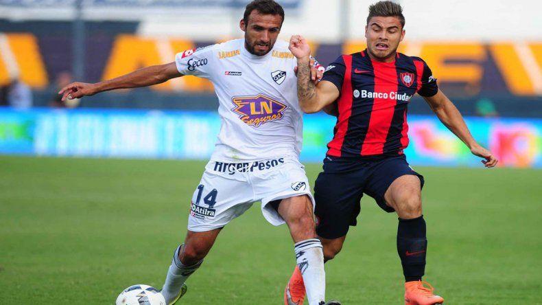 Quilmes tuvo su primera alegría tras golear por 3 a 0 a San Lorenzo