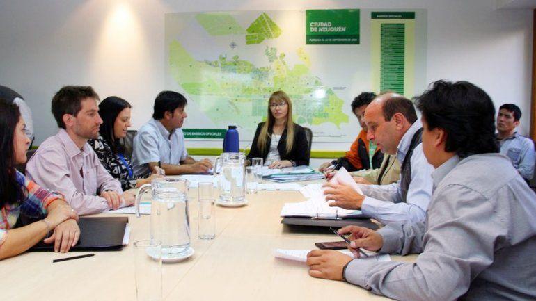 Los concejales de la comisión de Servicios Públicos