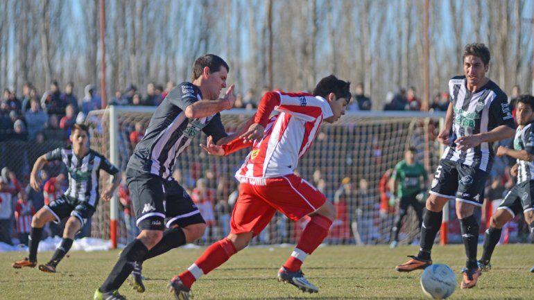 El último Rojo-Cipo que se jugó en La Chacra lo ganó el Albinegro 3 a 1. Independiente se quedó con los tres que jugó en casa este año.