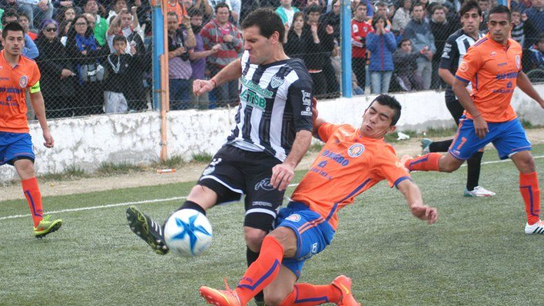 El Albinegro lleva nueve años sin ganar en el estadio de Roca.