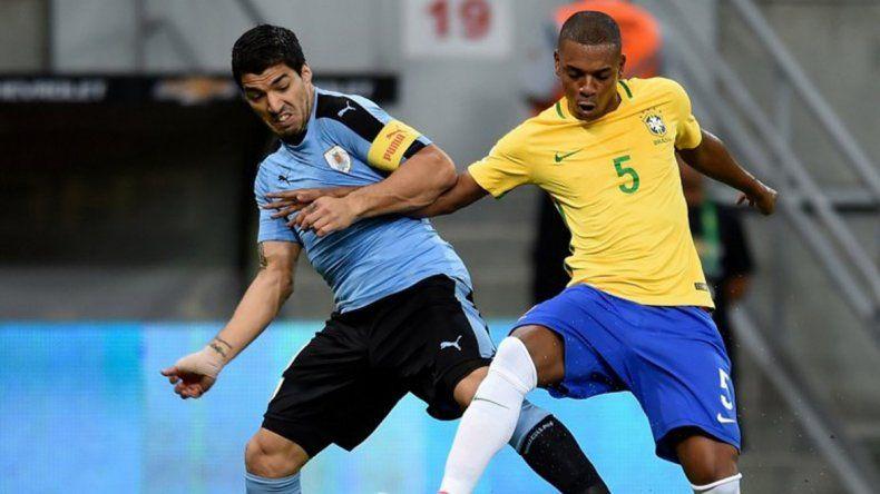 Brasil empató con Uruguay.