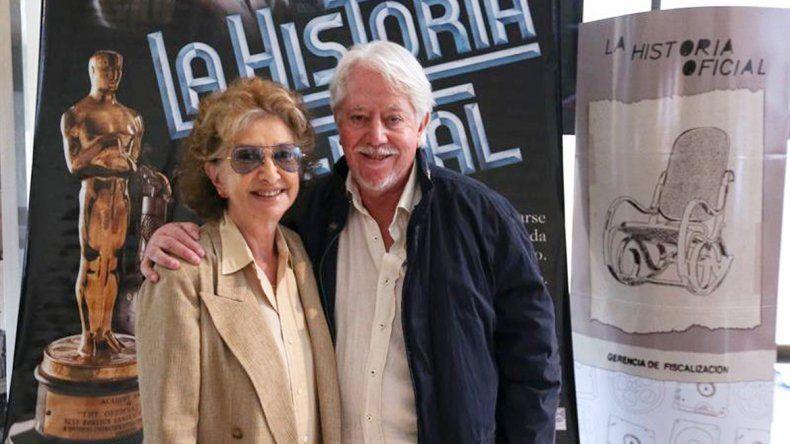 Norma Aleandro comentó que el director Luis Puenzo la convenció porque le hizo entender que era una obligación ciudadana hacer la película.