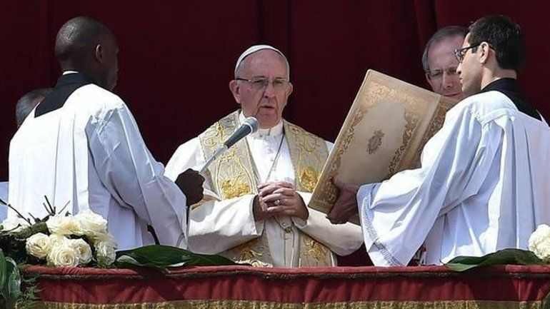Francisco pidió a los católicos que unan sus plegarias contra el terrorismo