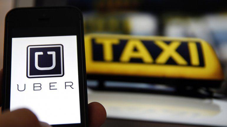 Taxistas neuquinos se anticiparon y anunciaron que rechazarán la implementación de Uber