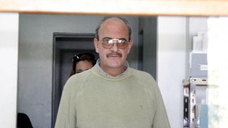 El ginecólogo y profesor Carlos Anzaldo solicitó salidas transitorias.