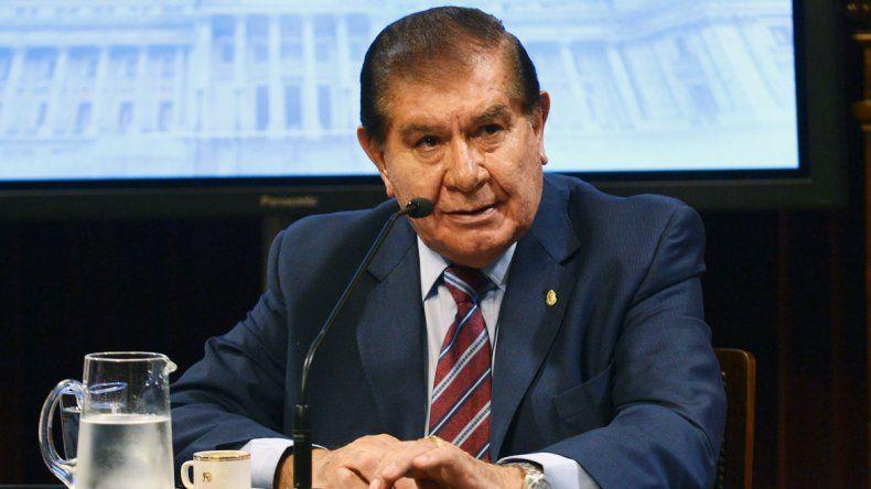 El senador nacional apoyará el proyecto de pago a los Fondos Buitre.