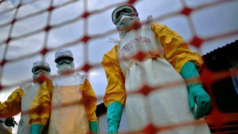 Para la OMS, el ébola ya no es una emergencia internacional