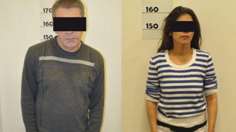 La Morsa Espósito junto a la mujer que lo ayudó en el robo.