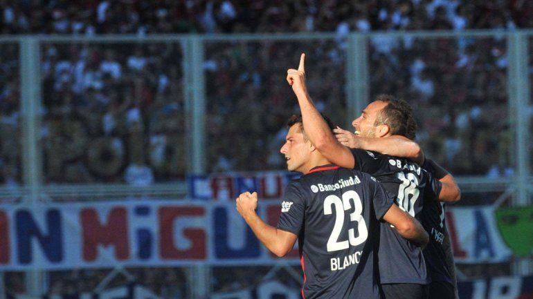 San Lorenzo reaccionó a tiempo y venció a Belgrano por 3 a 2