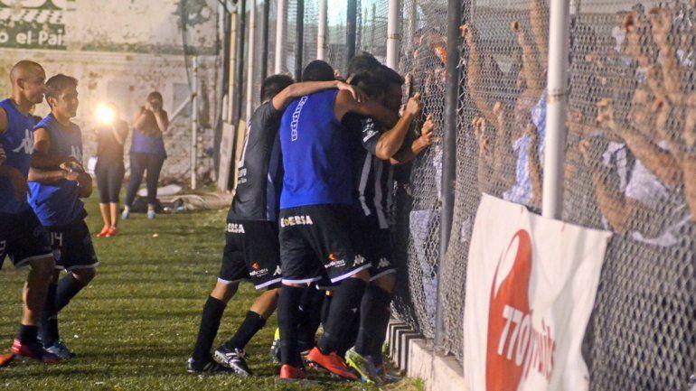 Cipo derrotó 1 a 0 a Villa Mitre en La Visera y se prendió arriba