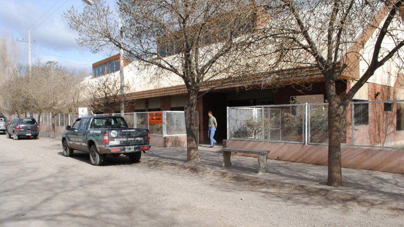 En el hospital local quedaron a resguardo con custodia de Gendarmería.