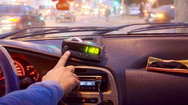 Los taxistas afirman que la tarifa está 50% por debajo de lo ideal.