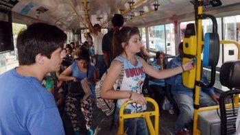 por la sube, se opta por viajar mas en el sistema de transporte publico