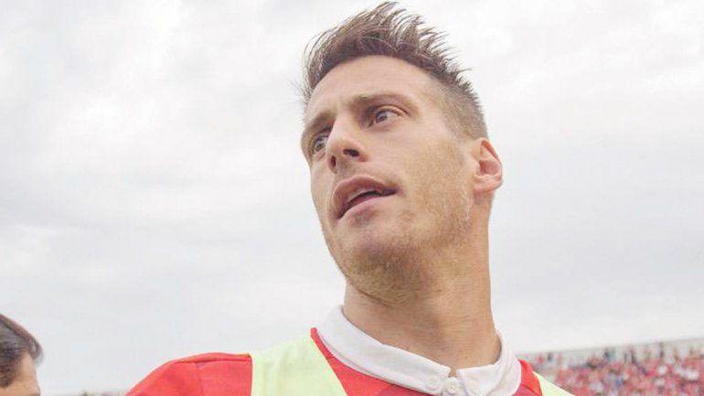 Germán Denis será titular en el equipo de Avellaneda.