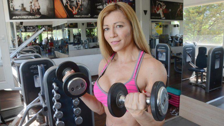 Sabe que para mantenerse en el fitness es necesario tener una buena disciplina en la dieta y cumplir las exigentes rutinas de entrenamiento. No hay nada mágico