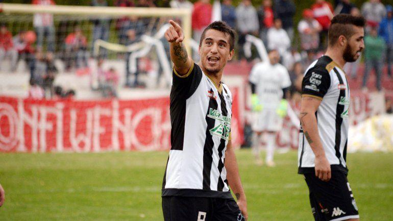Carrasco fue el héroe de Cipolletti ante el equipo neuquino.