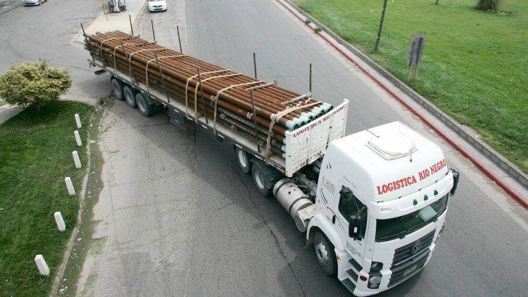 Los camiones son una pesadilla. Muchos ingresan a la ciudad