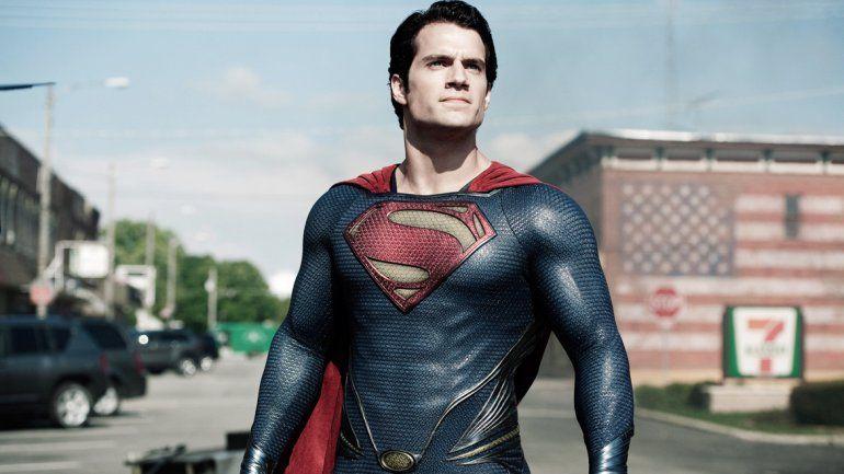 En el film Hombre de acero plantean la fuente de sus poderes.