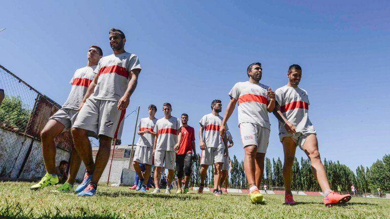 Independiente todavía no conoce la derrota en su cancha y sacó diez de los trece puntos que puso en juego.