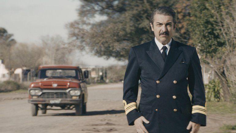 El actor interpretará a un ex capitán de la Armada.