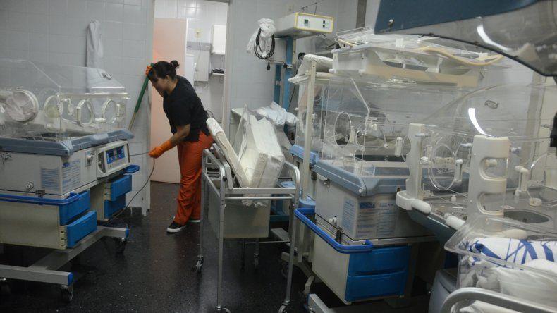 Los pacientes fueron atendidos en el pasillo y luego derivados a otras áreas del hospital.