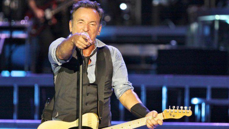 El músico canceló un show por una ley discriminatoria en Carolina del Norte.
