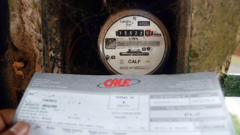 Dolor de cabeza: las tarifas de luz subieron hasta un 400 por ciento.