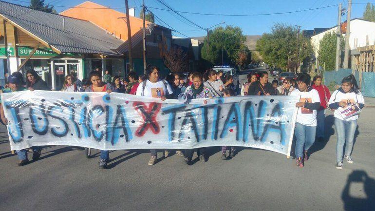 Unas 30 personas marcharon ayer en Junín de los Andes en reclamo de justicia.