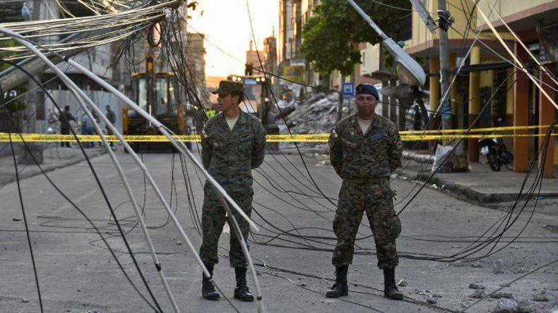 Impresionantes postales del terremoto en Ecuador que dejó más de 400 muertos