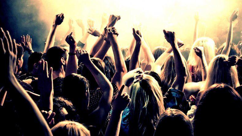 Suspenden todas las fiestas en la ciudad tras la tragedia de Costa Salguero
