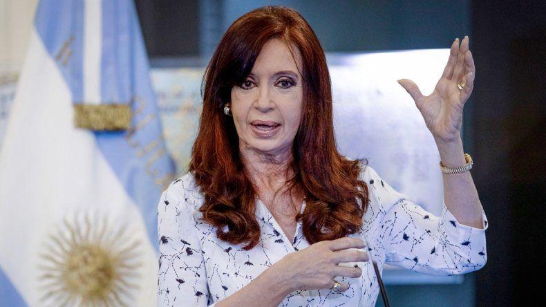 La ex presidenta denunció que la devaluación perseguía este negocio.
