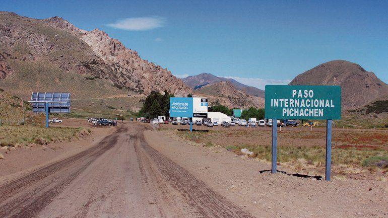 El paso Pichachén conecta Chile con la localidad de El Cholar.