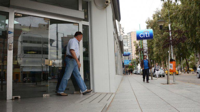 No habrá bancos ni recarga de cajeros este jueves y viernes por un paro nacional