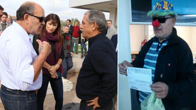 El vecino que se peleó con el intendente Quiroga fue a pagar sus impuestos vestido de payaso.