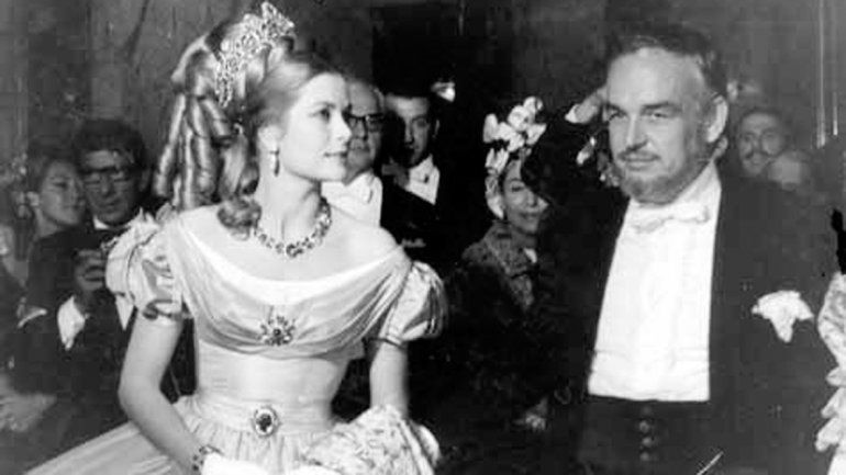 Grace Kelly y el príncipe Raniero.