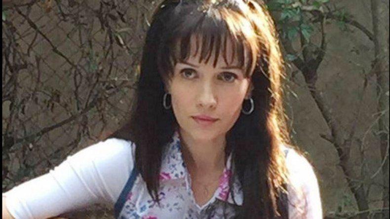 La esposa de Ricardo Mollo impacta por el parecido con la querida cantante que perdió la vida en un trágico accidente automovilístico.