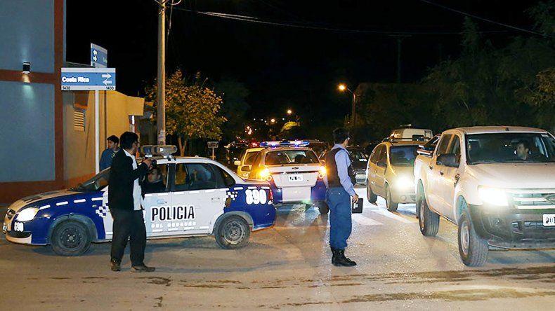 Omar Salas fue herido de gravedad en la cabeza en el barrio Sayhueque.