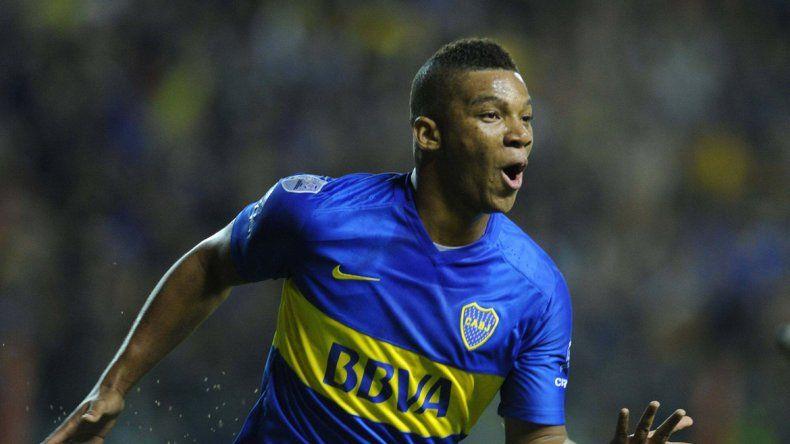 Boca sufrió, ganó y sigue siendo líder: Tevez erró un penal