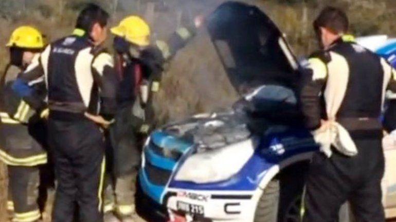 El fuego en el motor obligó al piloto neuquino a desertar.