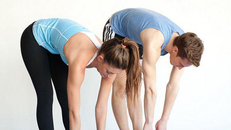 Es importante mantener la espalda estirada.