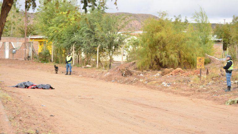 Encontraron muerto a un joven en calle CHubut y Jujuy de Rincón de los Sauces.