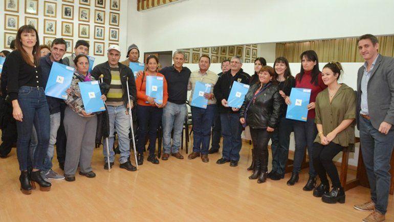 El acto se llevó a cabo ayer en la Municipalidad de Neuquén.
